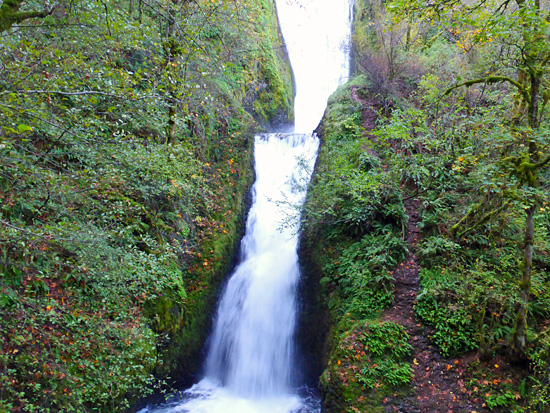 Bridal Veil Falls in the Columbia River Gorge